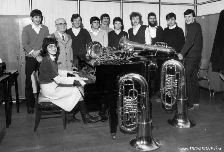 1982 : Eric GNALDI (trombone basse) / André LEGER / Bernard FEDY (trombone basse) / ? / André GILBERT (professeur) / Michel THIEBLEMONT / Philippe FRITSCH / Patrice BERGER / Didier TROUBOUL / Gilles LUTTMAN / Marie-Pierre MANTZ (accompagnatrice)